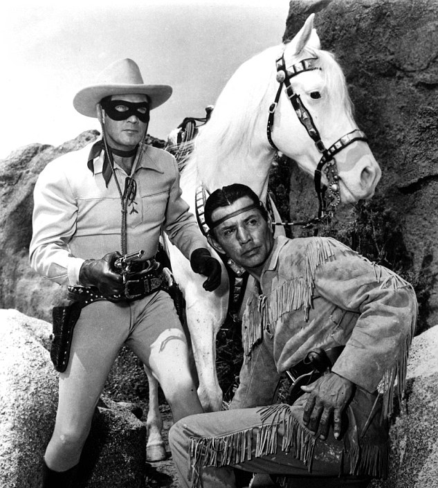 Clayton-Moore-and-Jay-Silverheels-as-the-Lone-Ranger-and-Tonto-with-Silver-in-the-middle